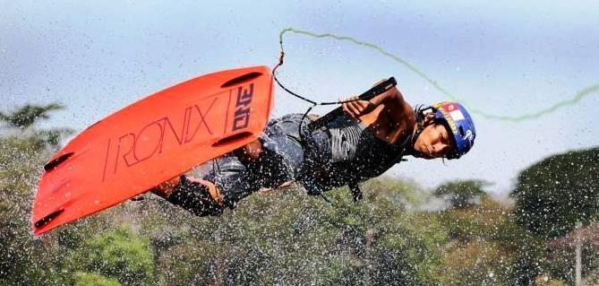 Atlet ski air Pelatnas Alex Hanif - bandung ekspres