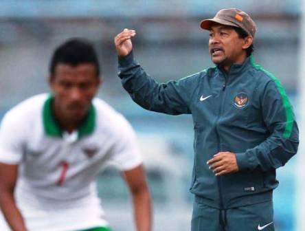 Aji Santoso Pelatih Timnas U-23