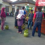 Operasi pasar beras dan gas - bandung ekspres