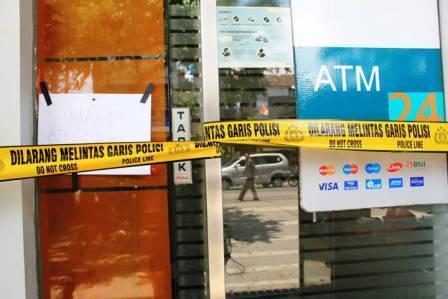 Pembobolan ATM BNI Gerlong- bandung ekspres