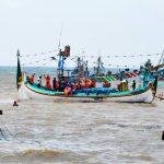 nelayan hilang - bandung ekspres