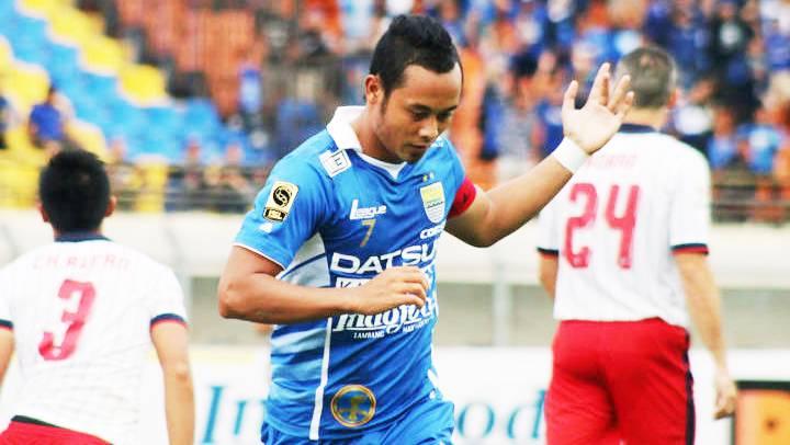 Atep Gelandang Persib Bandung