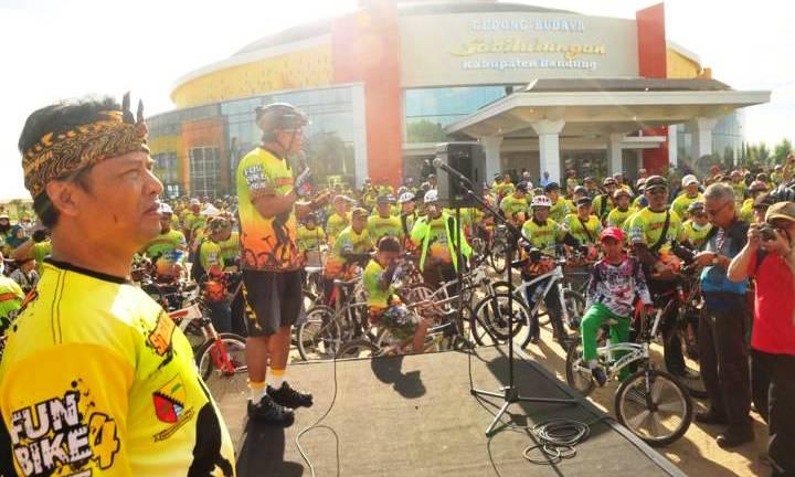 Fun Bike Sabilulungan 2015