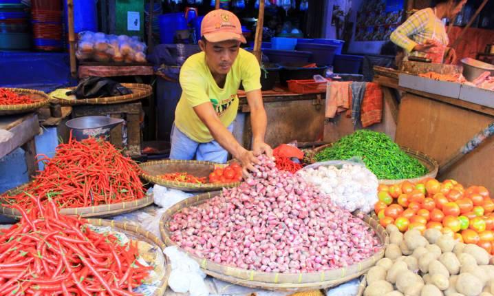 merenovasi Pasar tradisional Tagog