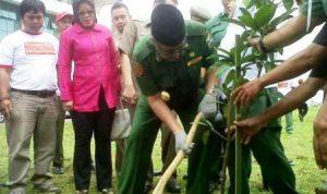Penanaman Pohon KBB