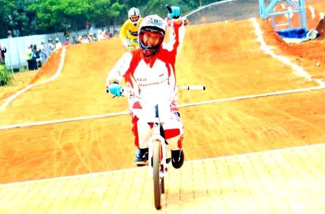 balap sepeda nomor BMX