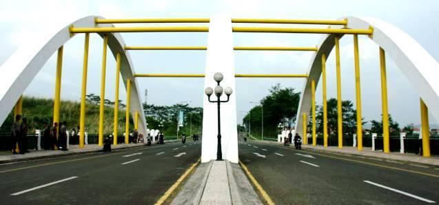 Jembatan Kota Baru Parahyangan
