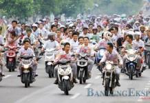 Konvoi merayakan kelulusan SMA - bandung ekspres