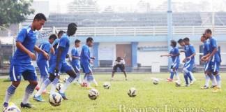 UKUR KEKUATAN: Kekompakan Persib Bandung saat ini belum bisa dinilai, karena jadwal libur yang panjang serta beberapa pemain yang memutuskan hengkang