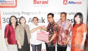 program Donasi Kacamata untuk 30 Ribu Anak Indonesia