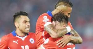 EUFORIA: Para pemain Cile saat merayakan gelar juara Copa America 2015 usai mengkandaskan Argentina. Sementara itu, untuk tahun depan gelaran tersebut akan dilangsungkan di AS.