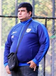 TAK KHAWATIR: Mantan Dokter Persib Bandung Rafi Gahni mengaku tidak waswas dengan kondisi kebugaran para pemainnya.