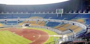 TERUS TINJAU: Stadion Gelora Bandung Lautan Api (GBLA) masih terus diupayakan oleh PB-PON sebagai Venue pembukaan dan penutupan PON Jabar XIX