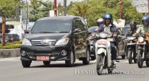 Penggunaan mobil dinas untuk keperluan pribadi