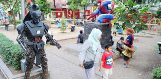 Ngabuburit Taman Kota - bandung ekspres