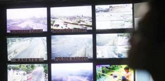 Pemantauan Jalur Nagreg melalui cctv - bandung ekspres