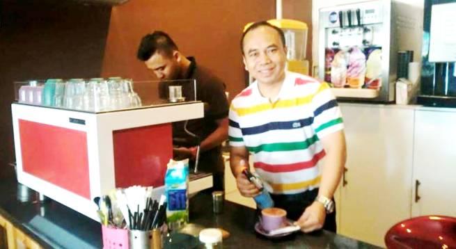 Dr Zaenal Aripin