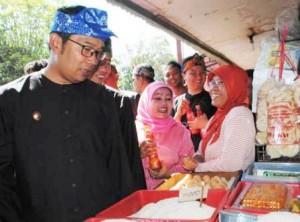 Emil-Pasar Simpang Dago