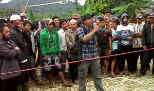 Demo Warga Mega proyek PLTA Upper Cisokan