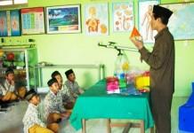 Guru Madrasah