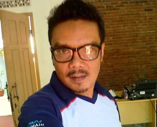 Iwan Setiawan Koordinator Rumah Aspirasi