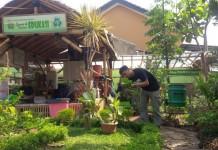 Saung dan Taman Edukasi 3R