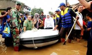 Kunket Mensos ke Banjir Kabupaten Bandung
