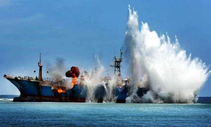 peledakan kapal viking