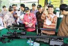 Kunjungan Menteri PPN dan Mentri Perindustrian ke PT PINDAD