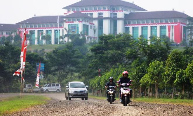 jalan Pemkab