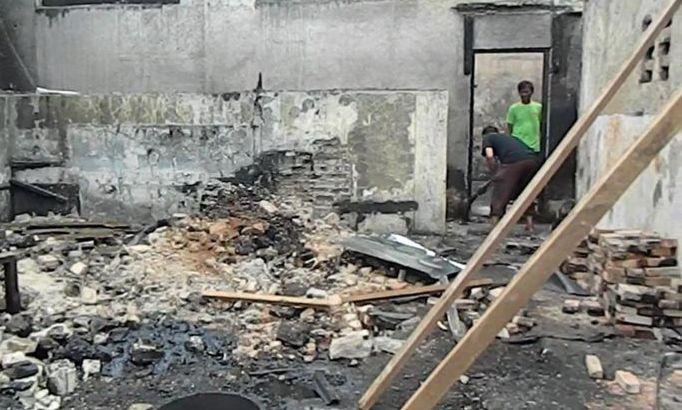 kebakaran-pabrik