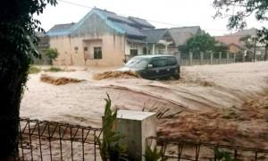 Banjir Bandang Melanda Wilayah Cikijing (10) -