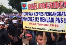 Demo honorer K2 -