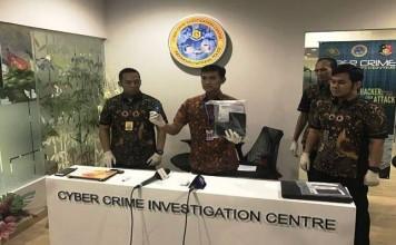 Polisi Bongkar Grup FB yang Cibir Presiden