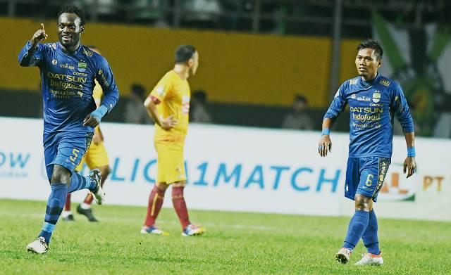 Debut Manis Pelatih Baru Persib Bandung