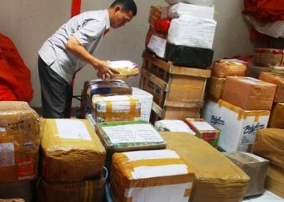 Paket-Pos