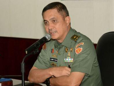KADISPENAD Brigjen TNI , Alfret Denny D. Tuejeh