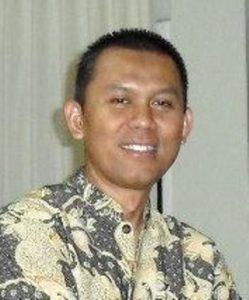 Bambang Soegiharto, Guru SMP Negeri 51 Bandung