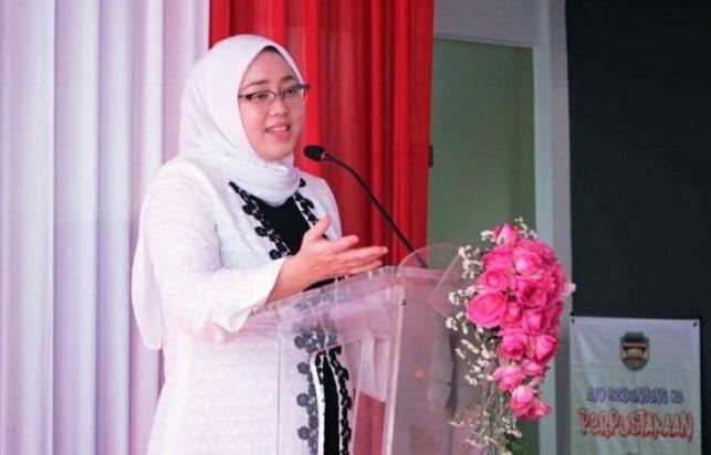 Hj. Anne Ratna Mustika Bupati Purwakarta
