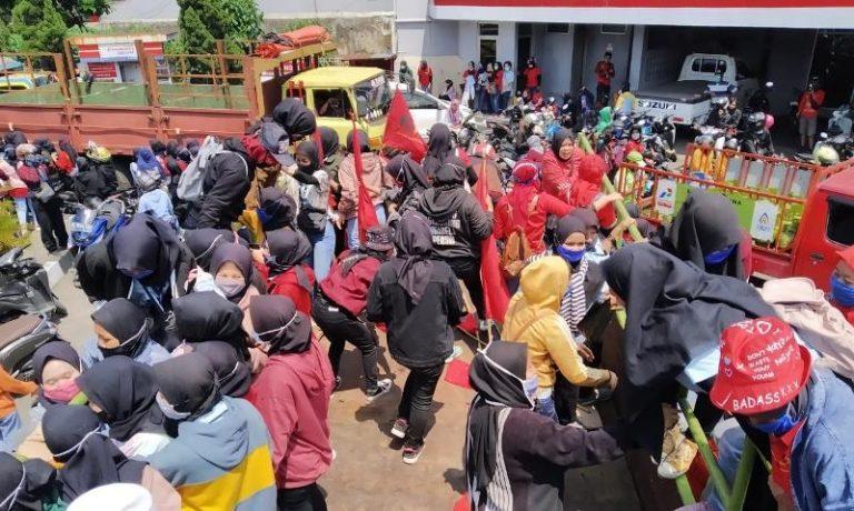 SBSI Cimahi Nilai Pemerintahan Jokowi Tak Pro Buruh ...