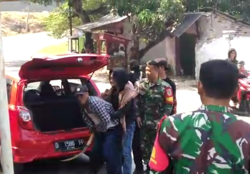 Penyerangan yang dilakukan Preman ke Koramil Pameungpeuk