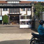 SMA Negeri 1 Cicalengka, Desa Tenjolaya, Kecamatan Cicalengka, Kabupaten Bandung pada Selasa (22/6). (Yanuar Baswata)