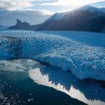 Pencairan Gletser di Antartika Kutub Utara karena Pemanasan Global