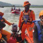 Hari keempat proses pencarian korban tenggelam di perairan Waduk Cirata. Foto/Istimewa.