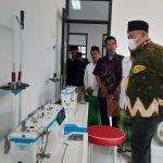 Ketua Fraksi PKB DPR RI, Cucun Ahmad Syamsurijal meresmikan BLKK Ponpes Bustanul Wildan, Sabtu (12/6).