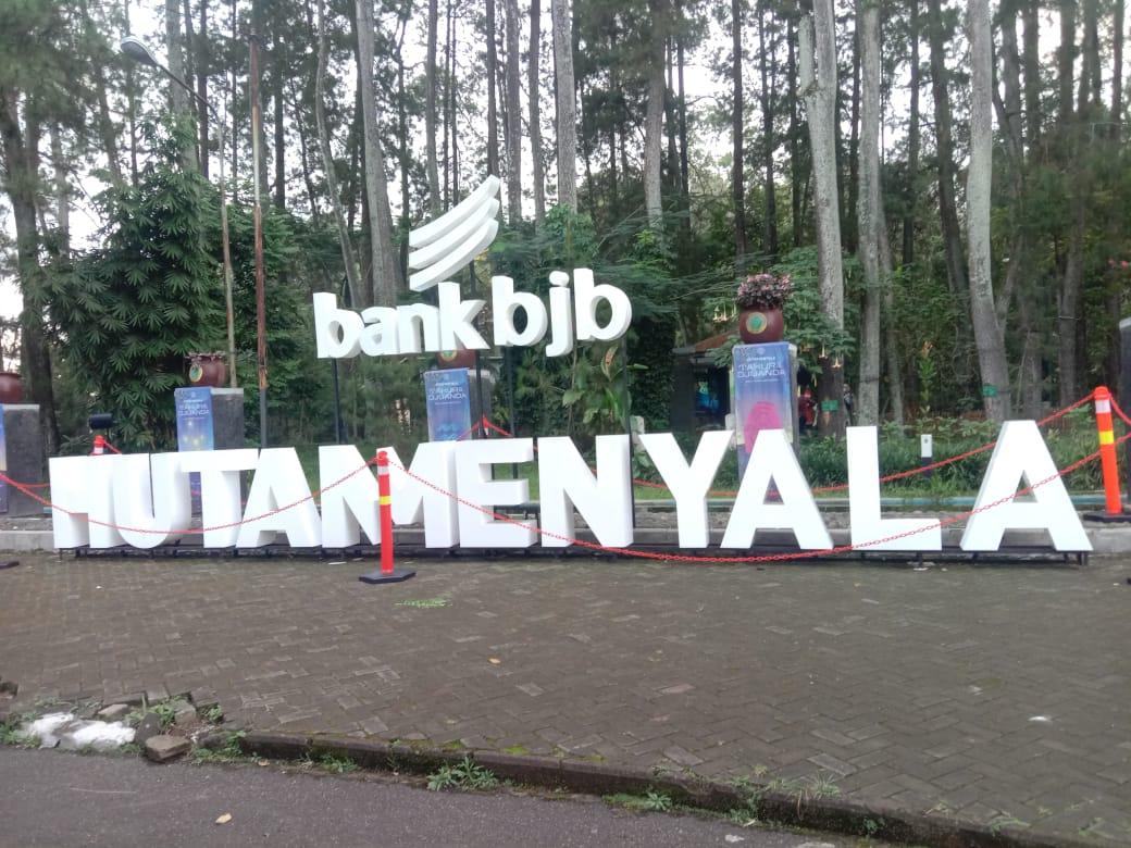 Hutan Menyala di Tahura Ir. H Djuanda No.99, Kec. Cimenyan, Bandung. (Sandi Nugraha/Jabar Ekspres)