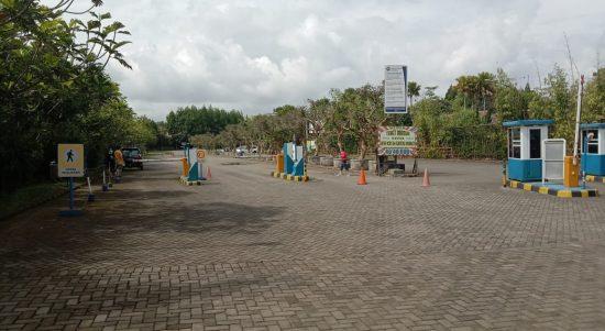 Tempat wisata Lembang masih terpantau sepi, Senin (28/6). (Intan Aida/Jabar Ekspres)