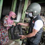 Gubernur Jabar Ridwan Kamil turun langsung untuk memastikan bantuan tepat sasaran