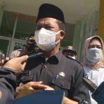 Bupati Bandung, Dadang Supriatna di RSUD Cicalengka, Rabu (30/6) kemarin. (Yanuar Baswata/Jabar Ekspres)
