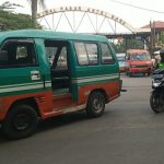 ILUSTRASI: Angkutan umum antarkota alias angkot di Kota Cimahi.